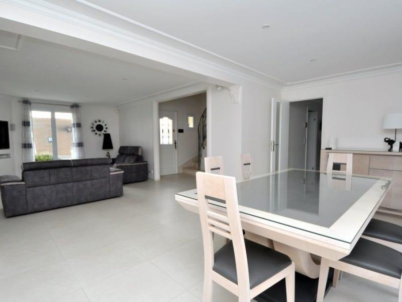 Sale house / villa Forges les bains 600000€ - Picture 9