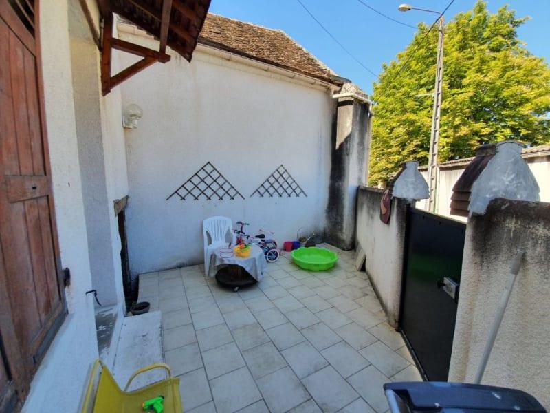 Sale house / villa Pont sur yonne 87500€ - Picture 1