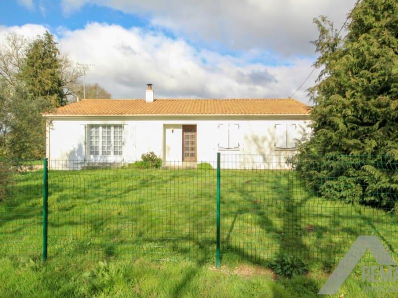 Sale house / villa Venansault 199990€ - Picture 1
