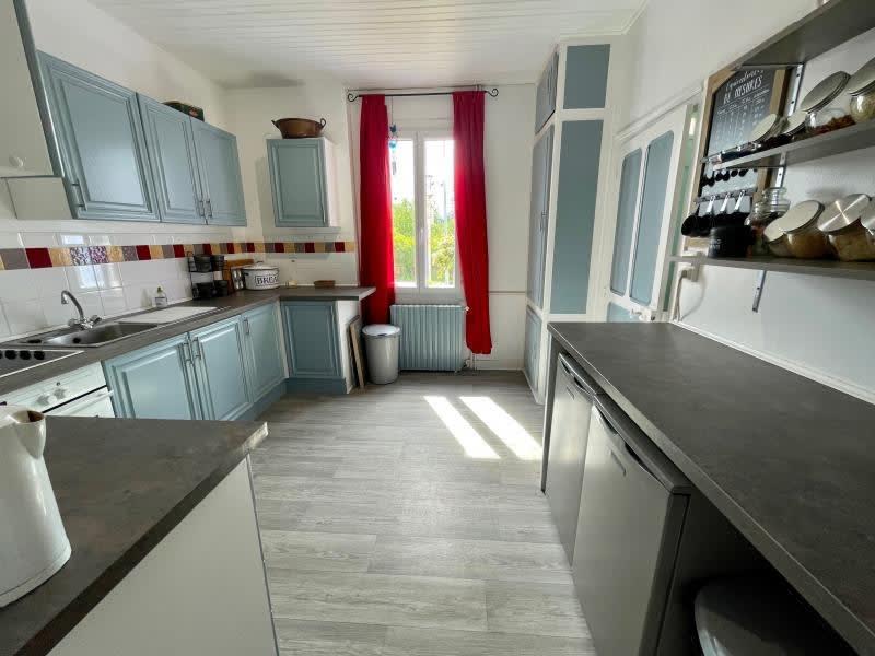 Sale house / villa Chateauneuf la foret 230000€ - Picture 2
