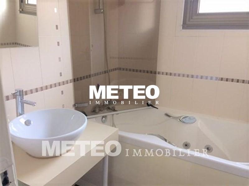 Sale house / villa Les sables d olonne 876600€ - Picture 19