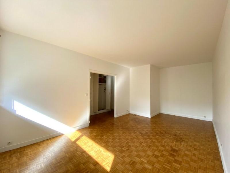 Location appartement Asnières-sur-seine 778€ CC - Photo 2