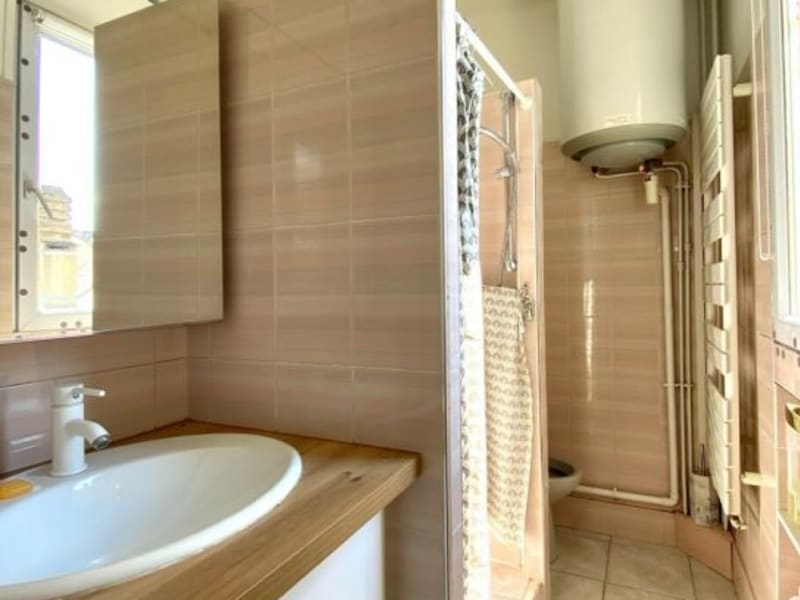 Location appartement Colombes 890€ CC - Photo 6