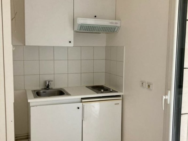 Location appartement Courbevoie 830€ CC - Photo 6