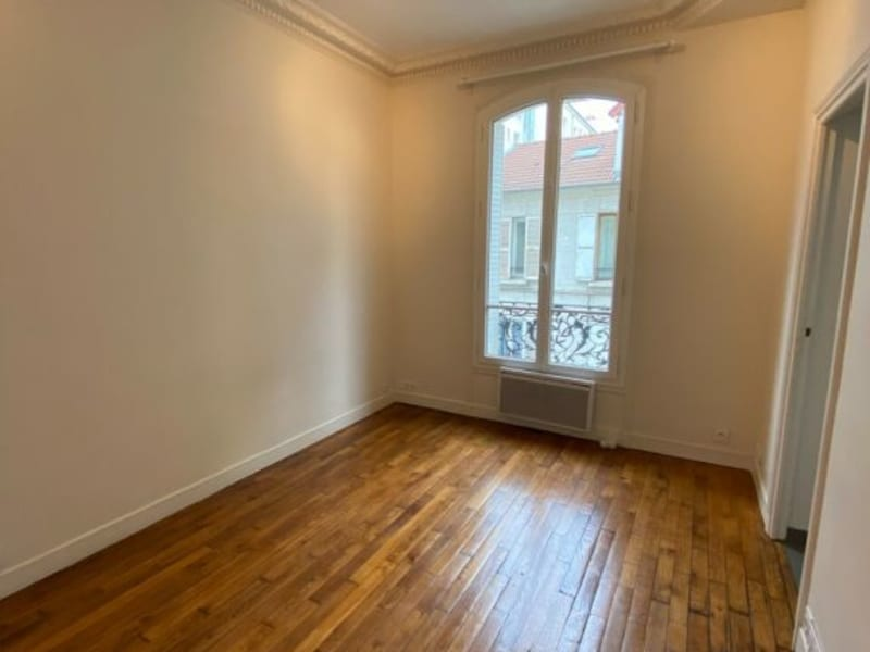 Location appartement Courbevoie 927€ CC - Photo 3