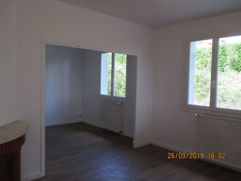 Location maison / villa Monclar de quercy 656€ CC - Photo 9