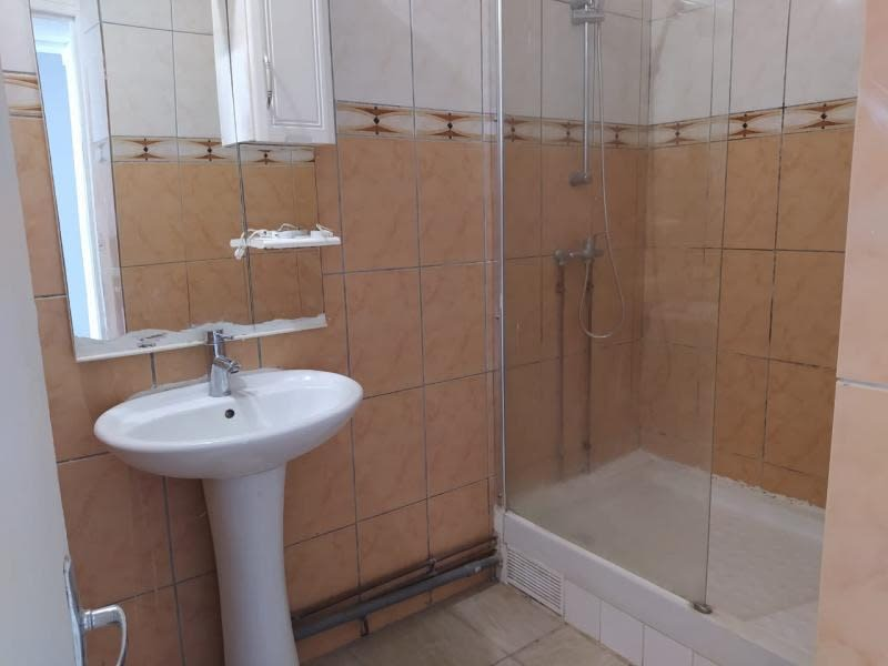 Rental apartment St denis 660€ CC - Picture 2