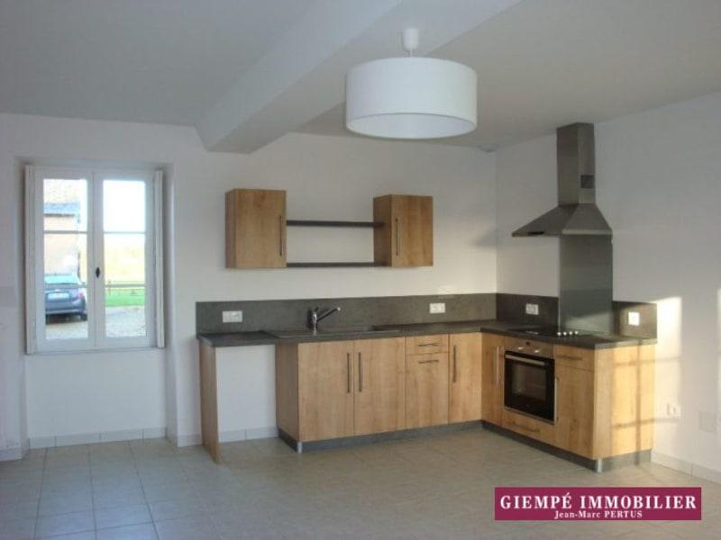 Rental house / villa Baugé 835€ CC - Picture 7