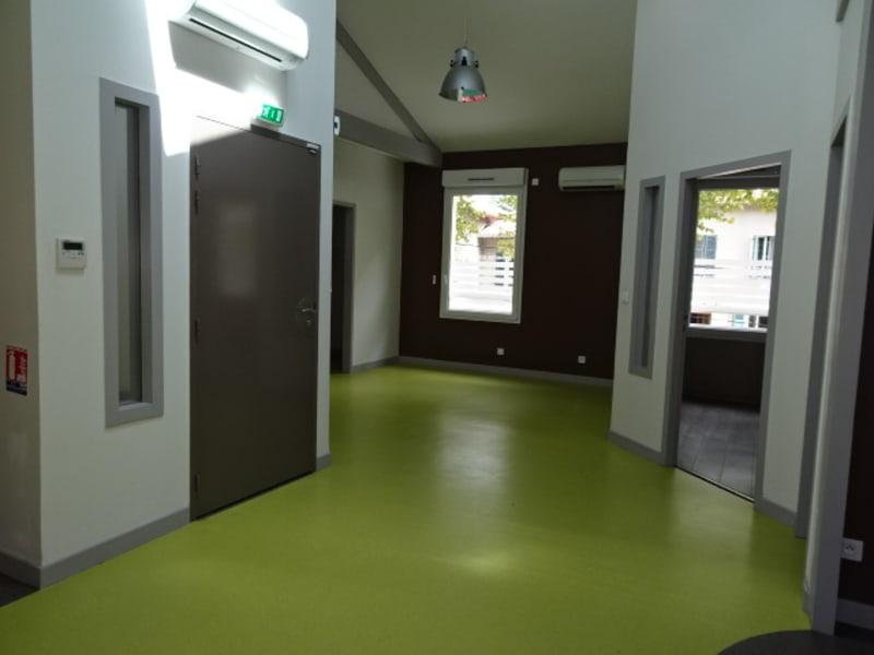 Location local commercial Villefranche sur saone 2056€ HC - Photo 13