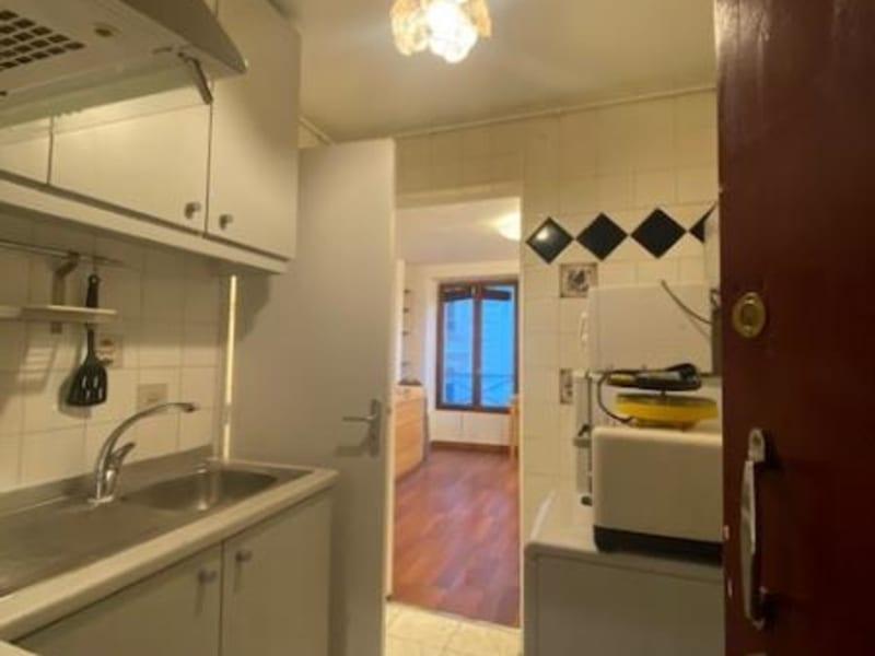 Location appartement Paris 9ème 732€ CC - Photo 9