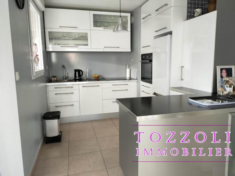 Sale apartment Vaulx milieu 227000€ - Picture 15