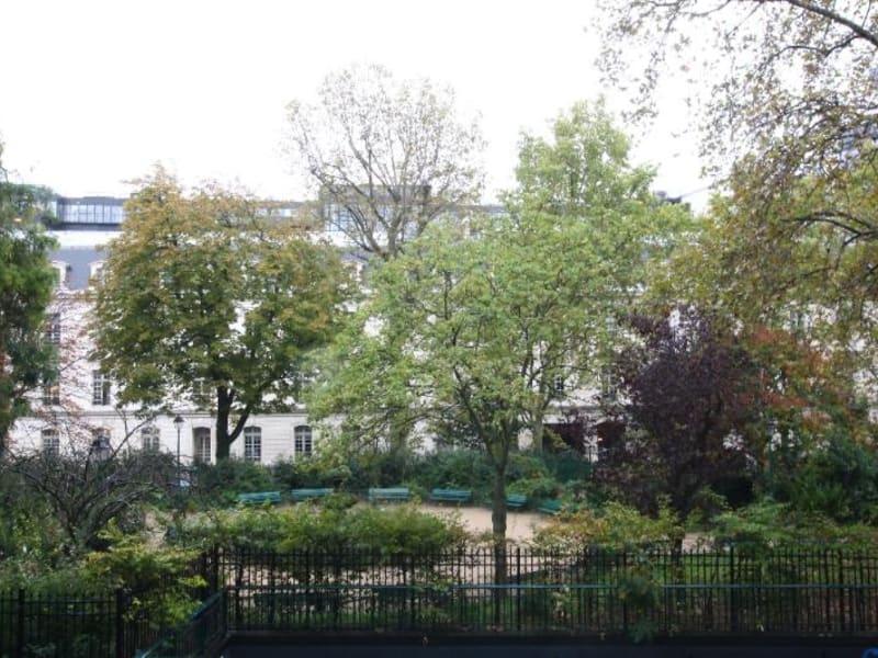 Location appartement Paris 8ème 6876€ CC - Photo 11
