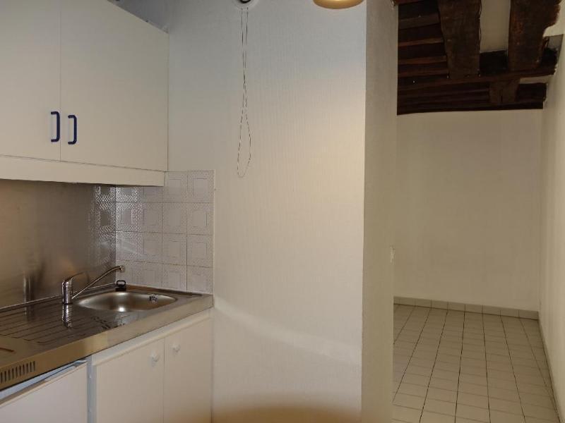 Location appartement Paris 6ème 908,58€ CC - Photo 12