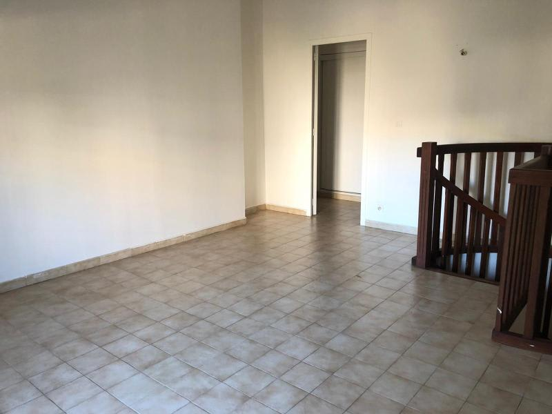 Location appartement Aix en provence 879€ CC - Photo 9