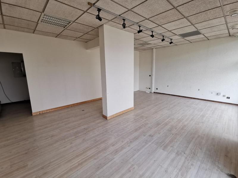 Rental empty room/storage Oyonnax 600€ HC - Picture 4