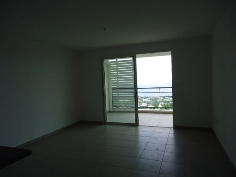 Location appartement St denis 634€ CC - Photo 9