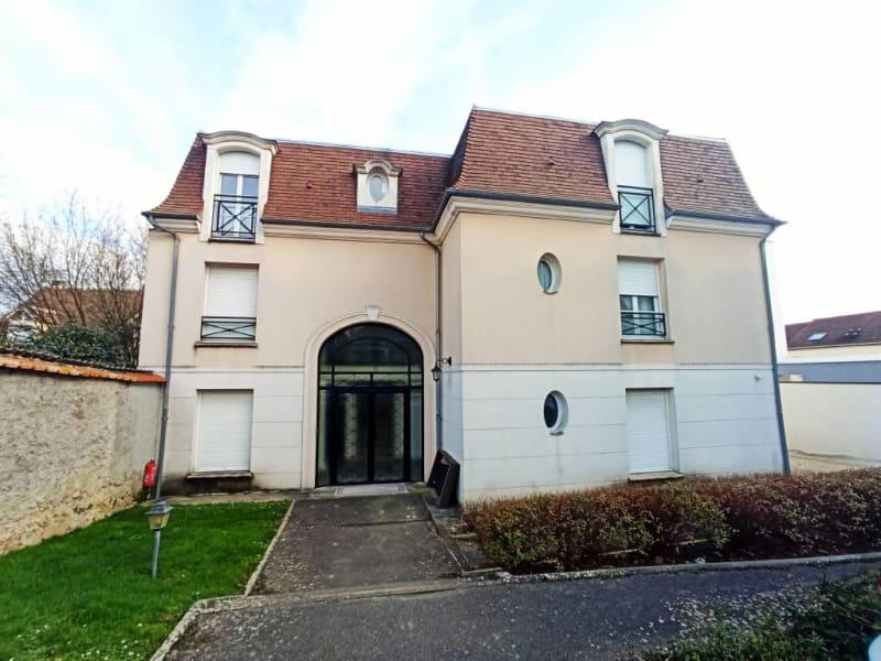 Rental apartment La ville-du-bois 725€ CC - Picture 10