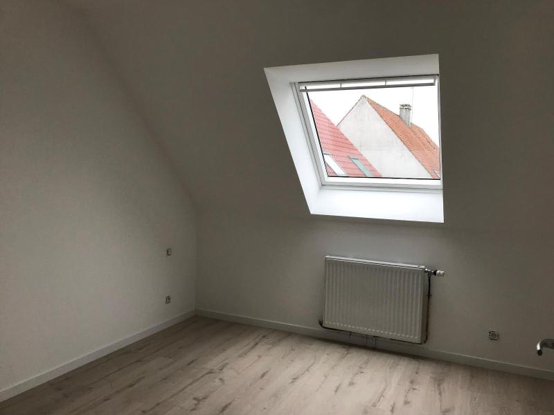 Location maison / villa Longuenesse 880€ CC - Photo 8