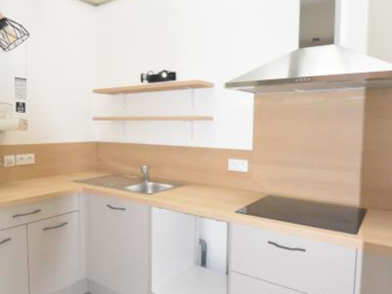 Rental apartment Bordeaux 976€ CC - Picture 12