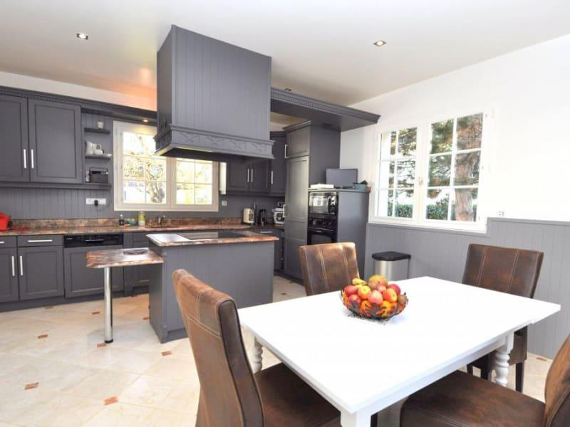 Sale house / villa Gif sur yvette 950000€ - Picture 9