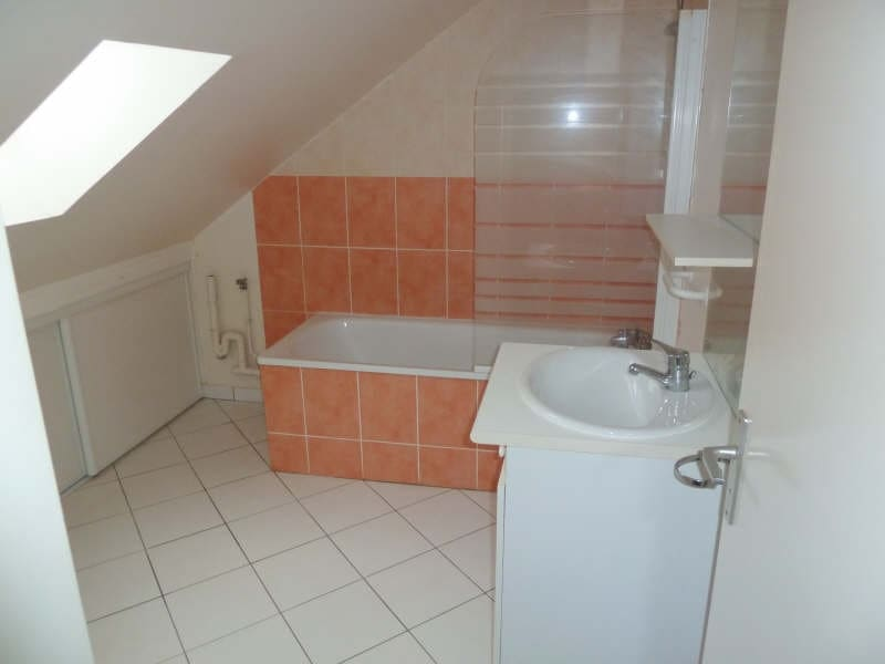 Rental apartment Maurecourt 675,25€ CC - Picture 8