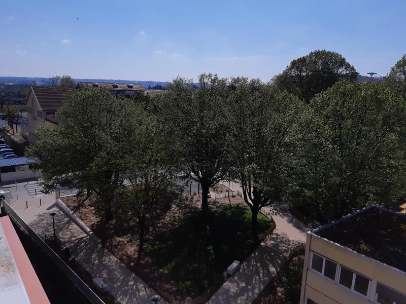 Location appartement Villefranche sur saone 800€ CC - Photo 13