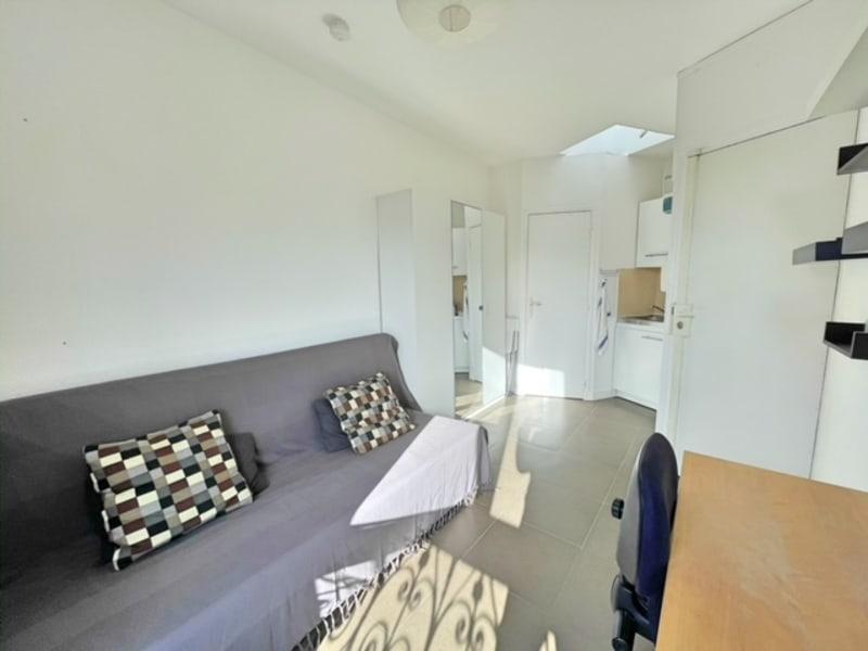 Location appartement Paris 17ème 690€ CC - Photo 8