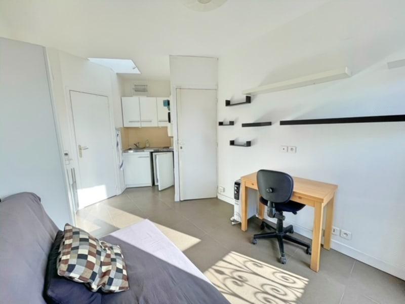 Location appartement Paris 17ème 690€ CC - Photo 9
