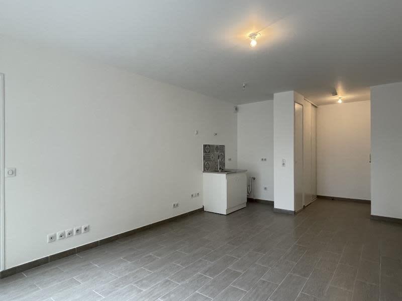 Rental apartment Le raincy 890€ CC - Picture 11