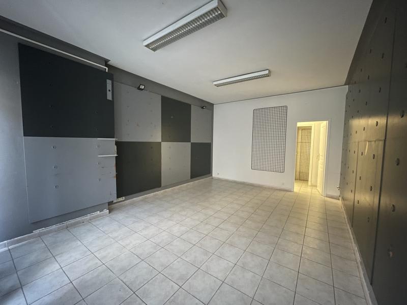 Sale building Le grau du roi 424000€ - Picture 6