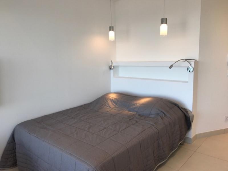 Location vacances appartement Le grau du roi 490€ - Photo 14