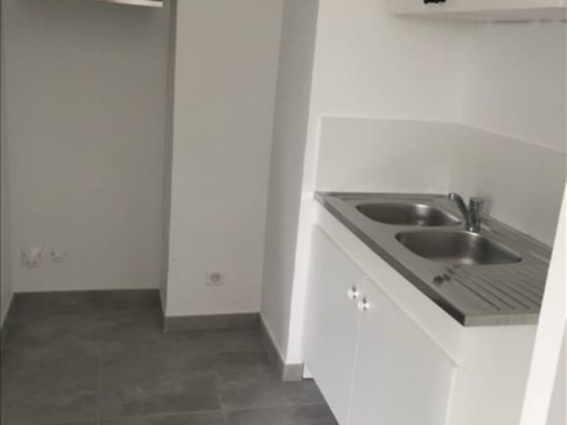 Location appartement Aix en provence 770€ CC - Photo 7