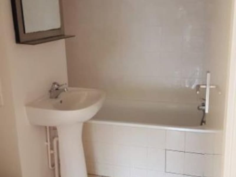 Location appartement Evry 635€ CC - Photo 9