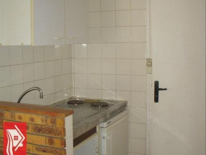 Rental apartment Montereau fault yonne 322€ CC - Picture 5