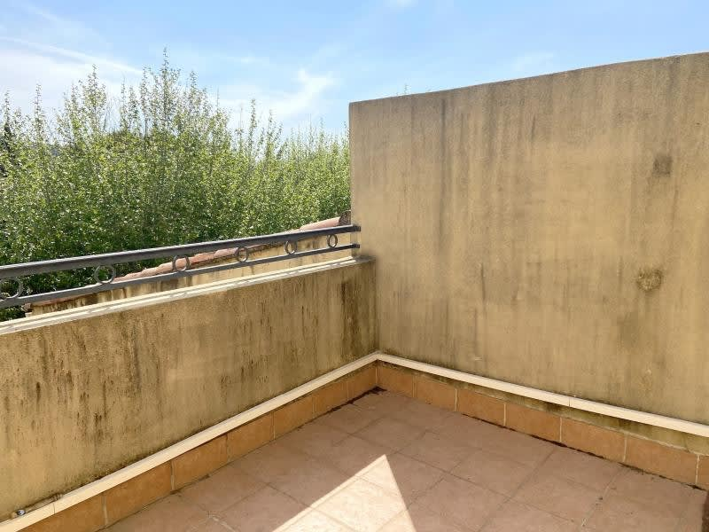 Sale apartment Eyguieres 229900€ - Picture 11