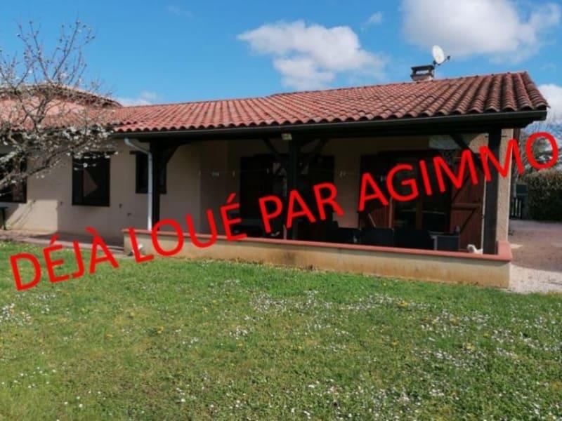 Rental house / villa L isle jourdain 995€ CC - Picture 10