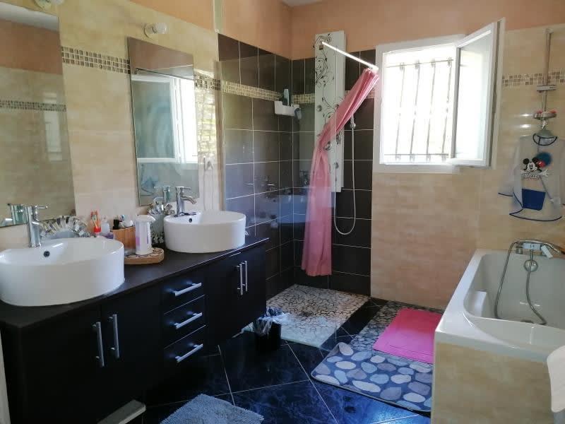 Sale house / villa L isle jourdain 335000€ - Picture 9