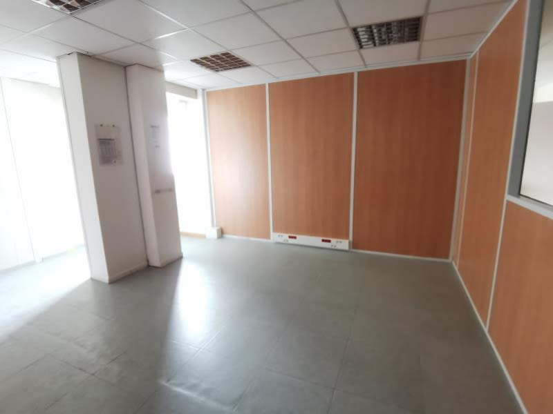 Location bureau Tarbes 2958,33€ HC - Photo 11