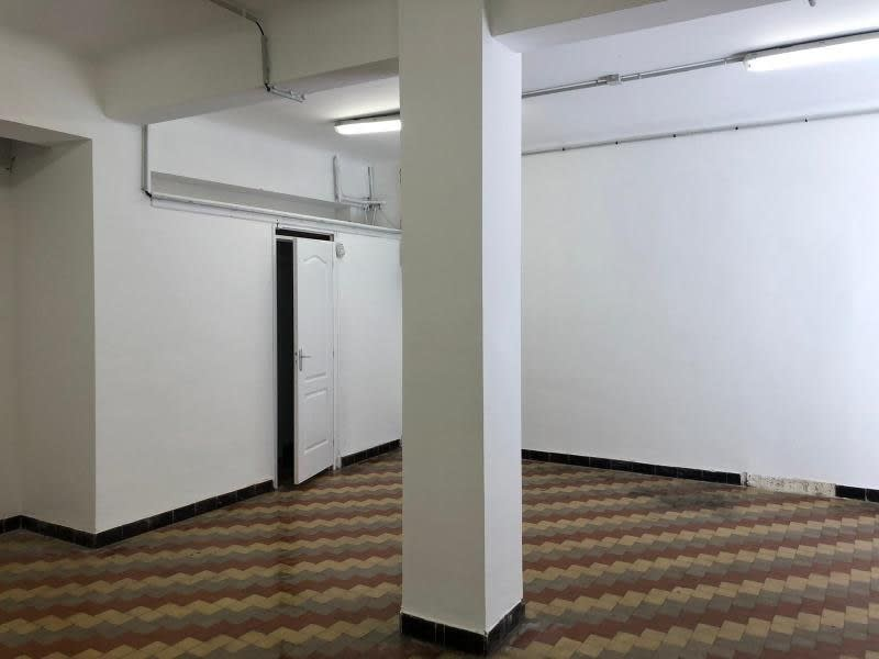 Rental empty room/storage Marseille 6ème 825€ HC - Picture 10