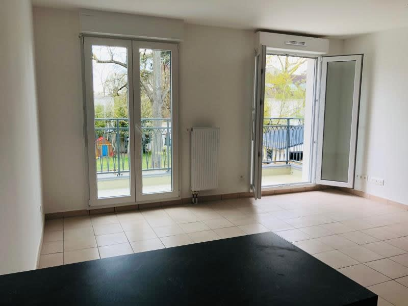 Location appartement Coubron 1150€ CC - Photo 3