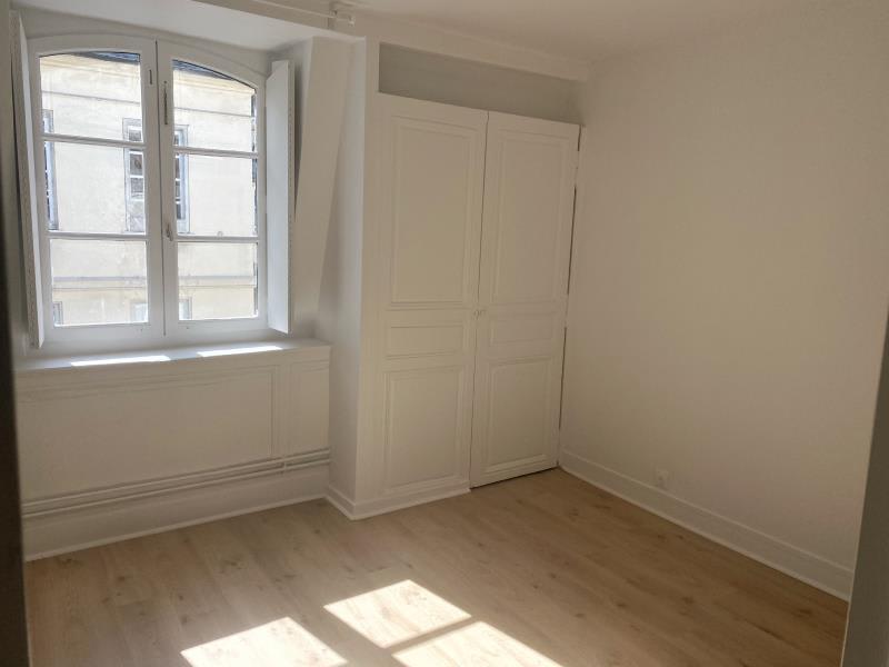 Verhuren  appartement Versailles 2900€ CC - Foto 10