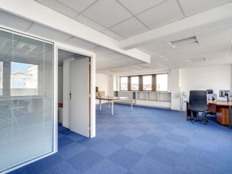 Rental office Suresnes 3827,67€ CC - Picture 14
