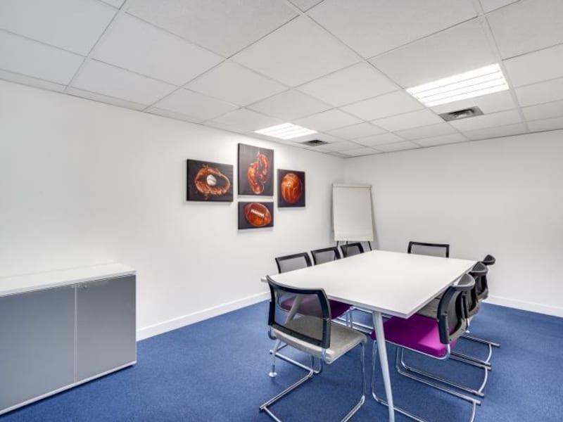 Rental office Suresnes 3827,67€ CC - Picture 16