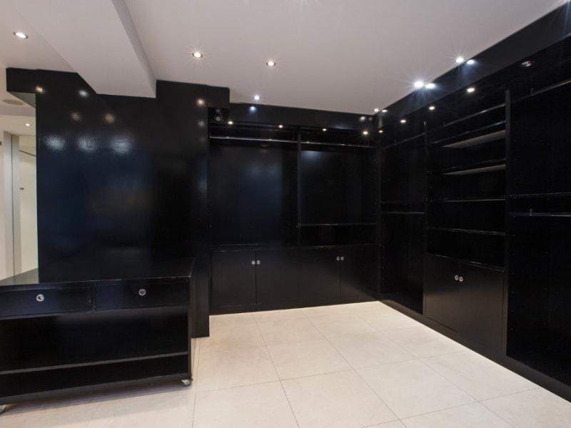 Rental empty room/storage Paris 16ème 4100€ CC - Picture 10