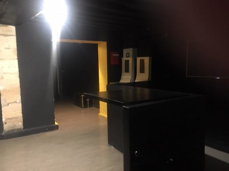 Sale empty room/storage Paris 4ème 1420000€ - Picture 11