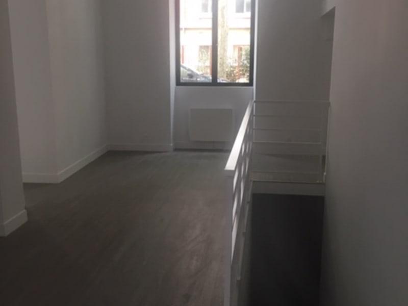 Sale empty room/storage Paris 11ème 1261400€ - Picture 13