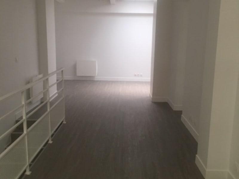 Sale empty room/storage Paris 11ème 1261400€ - Picture 14
