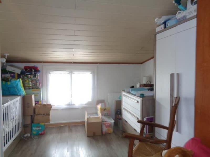 Sale house / villa St yzan de soudiac 123000€ - Picture 7
