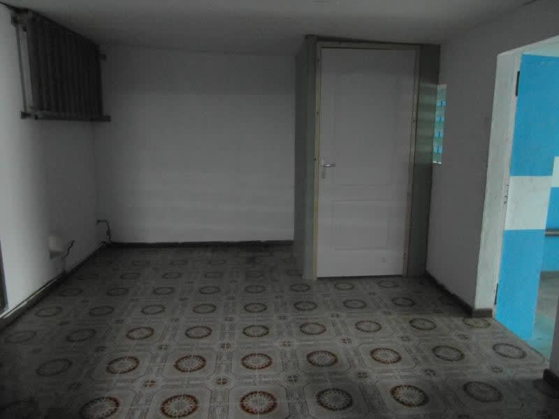 Location local commercial Ste clotilde 650€ HC - Photo 6