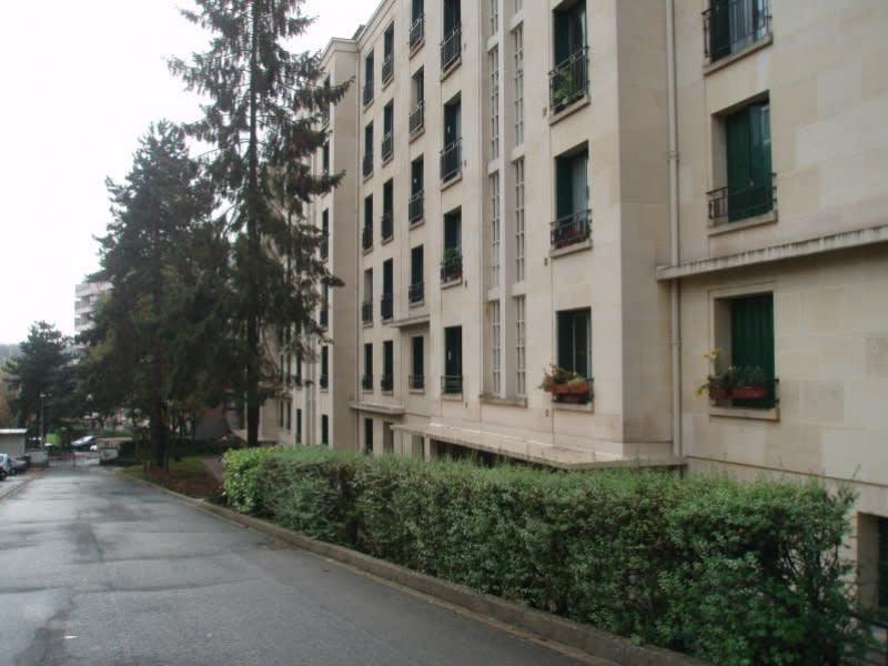 Rental apartment Chaville 581€ CC - Picture 10